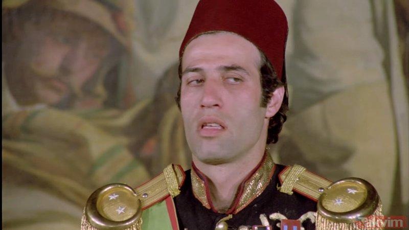 Kemal Sunal'ın Tosun Paşa filmindeki gerçek Tosun Paşa bakın kimmiş! İşte en iyi Kemal Sunal filmlerindeki hatalar