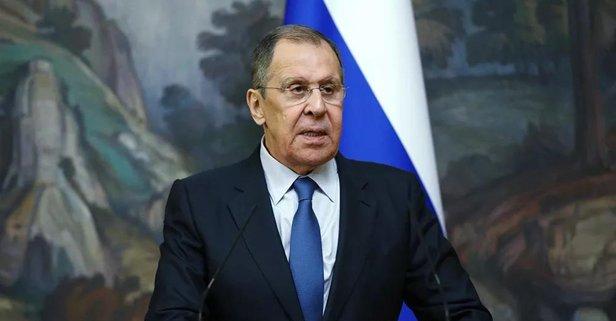 Lavrov Yunanistan'da