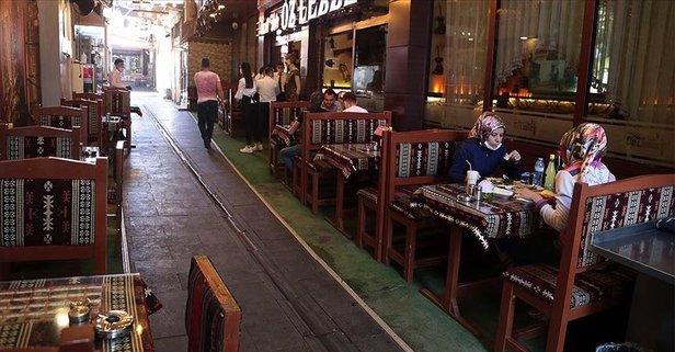 Ramazan'da kafe, restoran, lokantalar açık mı kapalı mı? 2021 Ramazan ayı kısıtlamaları nelerdir?