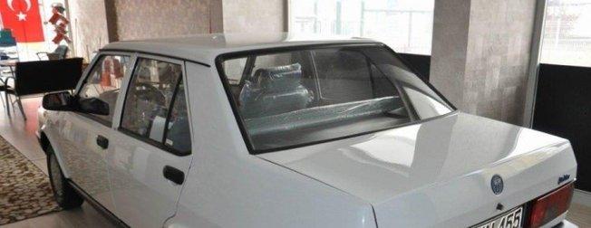 1994 model Tofaş Şahin'i hangardan çıkardı! Teklif üstüne teklif alıyor