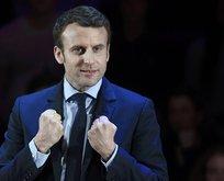 Sarı Yelekliler, Macron'un tatil kalesini bastı!