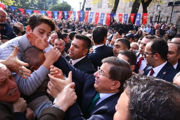 Bursada Ahmet Davutoğlu izdihamı