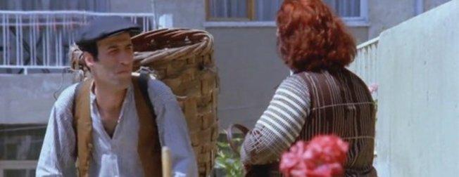 Yeşilçam efsanesi Kemal Sunal'ın 'Üç Kağıtçı' filmindeki hata 40 yıl sonra ortaya çıktı