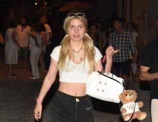 Aleyna Tilki erkek arkadaşıyla fena yakalandı! Yüzünü saklamaya çalışan gizemli genç kim?