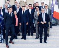 Vatan haini Fransız Sarayında