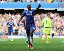 Moses geliyor