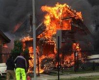 Uçak evlerin üzerine düştü! 6 ölü...