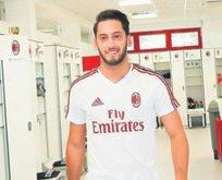 Çalhanoğlu Milan'a imza attı