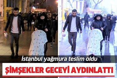 İstanbul'da şiddetli yağış! Şimşekler geceyi aydınlattı