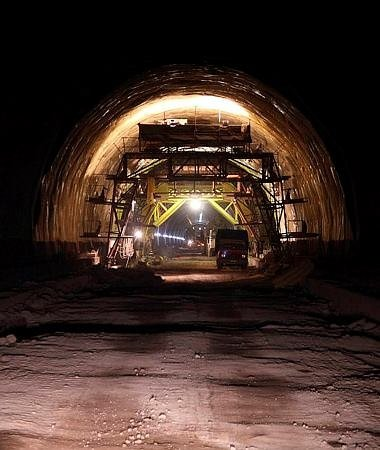 Bakü-Tiflis-Kars demiryolu hattı Mart'ta açılıyor