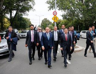 Cumhurbaşkanı Yardımcısı Oktay ve Bakan Çavuşoğlu El Nur Camisi'ni ve yaralıları ziyaret etti