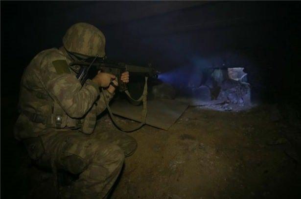 Asker PKKnın tünellerine girdi