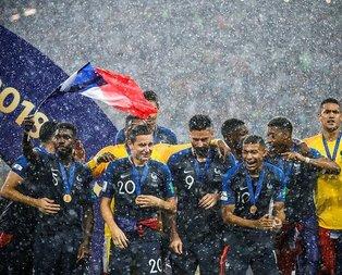 İki yüzlü Fransa