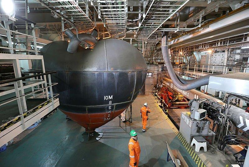 TürkAkımın ilk hattını dünyanın en büyük inşaat gemisi döşüyor