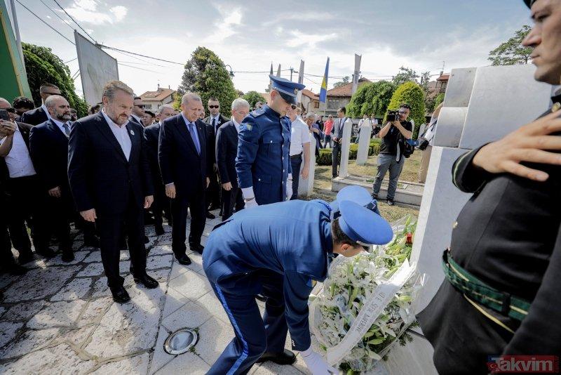 Başkan Erdoğan'dan Bosna'da 'Barış Gücü'nde görevli Türk askerlerine ziyaret