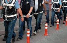 İzmir'de FETÖ'nün hücre evi yapılanmasına operasyon
