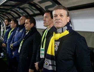 Fenerbahçe taraftarından flaş protesto: Ali Koç istifa!