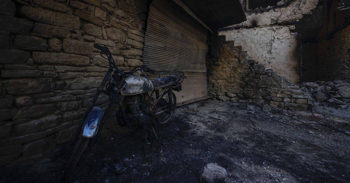 Türkiye'nin turizm cenneti Antalya'da yangın! Felaketin boyutu gün ağarınca  ortaya çıktı - Galeri - Takvim