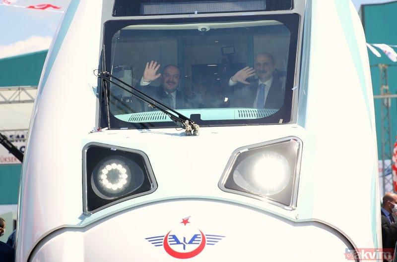 Bakan Karaismailoğlu'ndan milli elektrikli tren açıklaması: Türkiye, teknolojiyi üreten ve ihraç eden konuma geldi