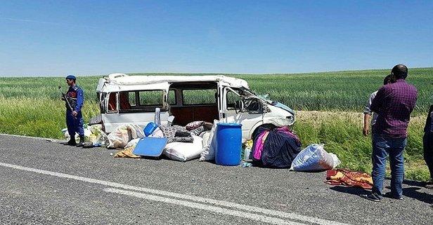 Konya'da işçileri taşıyan minibüs devrildi