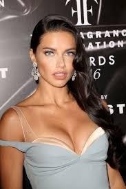 Adriana Lima'dan şaşırtan hamle! Eski sevgilisini unutamadı