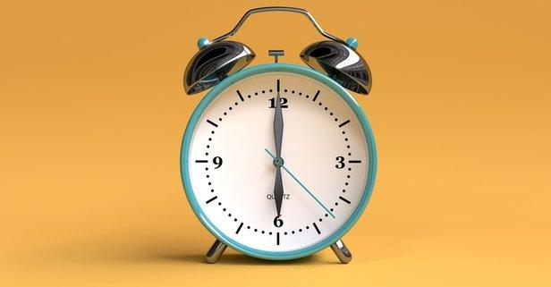 Saat tam 6 iken akreple yelkovan arasında kaç derecelik bir açı vardır?