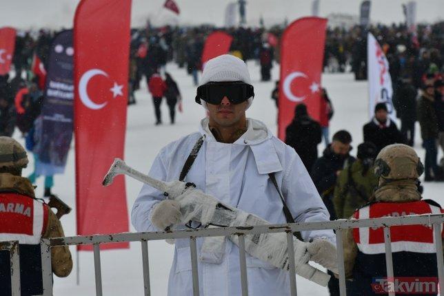 Sarıkamış şehitleri anılıyor! Türkiye'nin her yerinden oraya gittiler