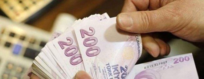 Emeklinin zamlı maaşı hesapta | Kim ne zaman alıyor?
