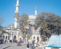 Medine'nin ilk Müslüman'ı Peygamberimiz'in koruması: EYÜP SULTAN