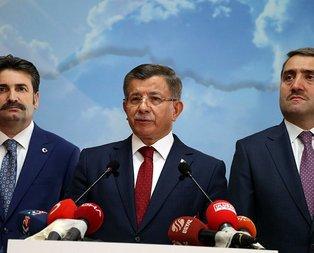 Yürü be Davutoğlu tarihe geç lanetle anıl!