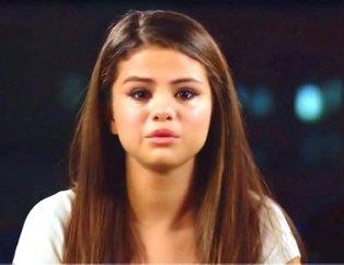 Selena Gomez hastaneye kaldırıldı! Selena Gomeze ne oldu?
