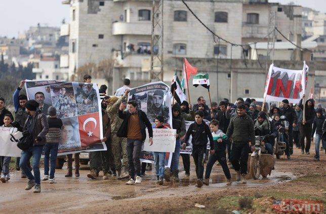 İdlib'de Türkiye'ye destek gösterisi: Türk kardeşlerimiz hoş geldiler