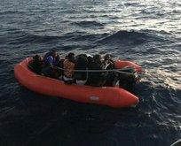 Yunanistan'ın karasularımıza ittiği göçmenleri kurtardık