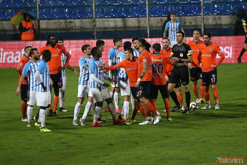 Adana Demirspor - Başakşehir maçından kareler!