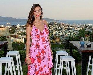 Pınar'ın yaka iğnesi