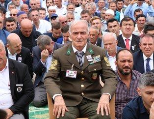Şehit Binbaşı Zafer Akkuş'un cenazesinde yürek yakan an! Babası askeri üniformasıyla geldi