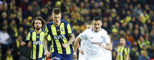 Fenerbahçe 10 kişilik Konyaspor'a takıldı   Fenerbahçe 1-1 Konyaspor