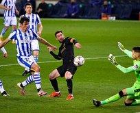 Barcelona, Real Sociedad'ı gole boğdu