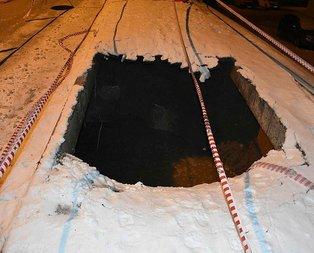 Sivas'ta korkunç olay! 2 metrelik çukur oluştu