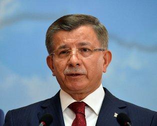 Ahmet Davutoğlu kendisine diplomalı mürit oluşturuyor