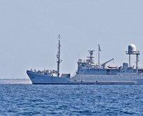 Yeni istihbarat gemisi askeri üsten ayrıldı