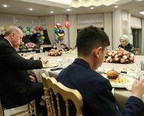 Erdoğan çifti iftarı çocuklarla ile birlikte yaptı