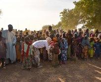 Gamze Özçelik Kamerun'da umut oldu...