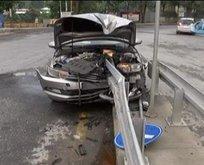 Korkunç kaza! Bariyerlere ok gibi saplandı