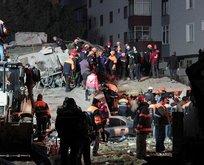 İçişleri: Çöken binanın enkazından 4 kişi daha...