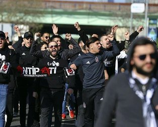 Beşiktaş taraftarı Kadıköye geldi
