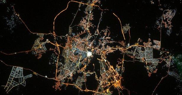 Uzaydan bayram tebriği: Mekke! Göz kamaştırıyor