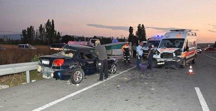 Kütahya'da feci kaza! 3 ölü, 4 yaralı