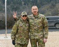 İlham Aliyev ve eşinden çerçeveletilecek pozlar