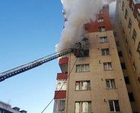 Beylikdüzü'nde 11 katlı binada yangın paniği